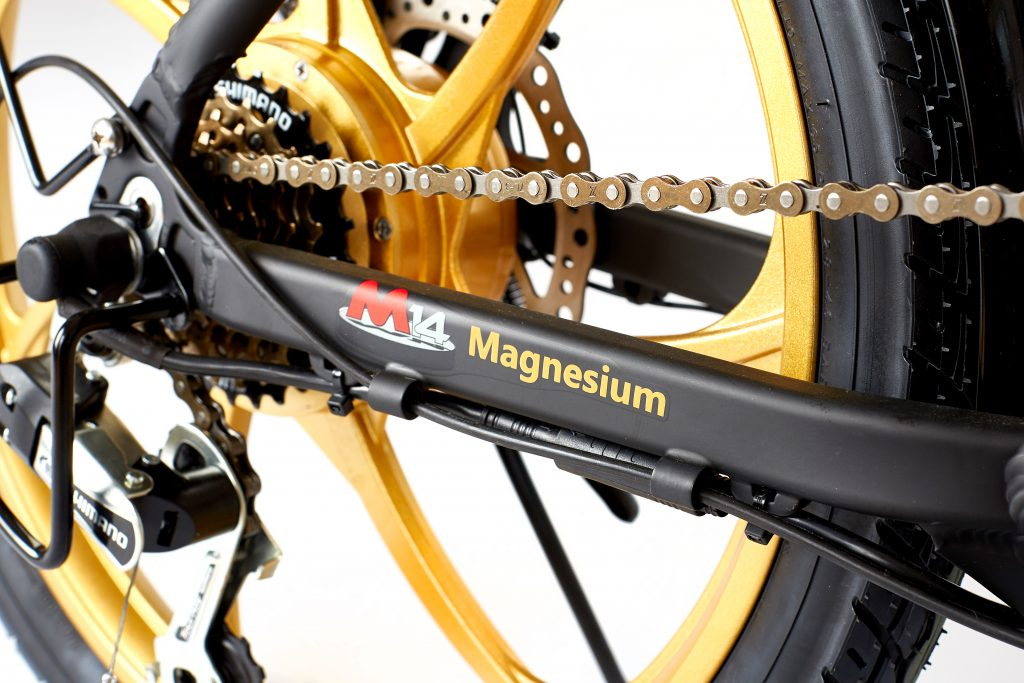 2018 City Premium Black and Gold E-Bike magnesium